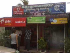 Africa's first 'interoperable' mobile money deal
